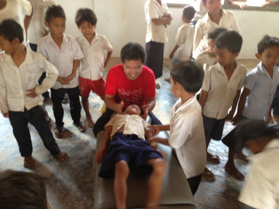 カンボジアでの治療